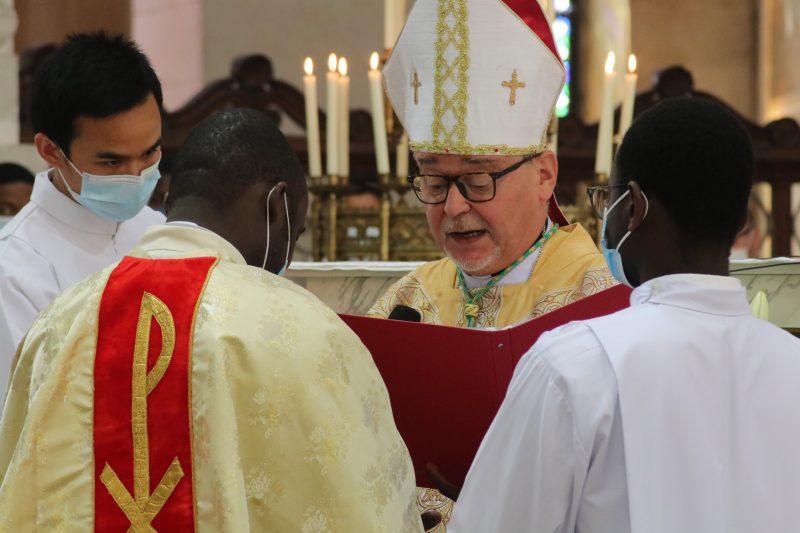 Ordination de Moïse Kiasa : homélie de Mgr Colomb